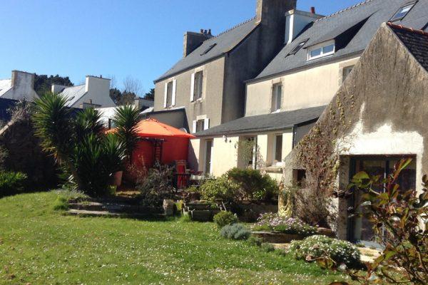 Maison Le Bourg rue de Primel